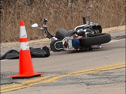 Motorcyclist Hurt In Tulsa Crash