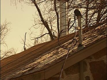 More Than 6,000 Oklahomans Still Without Power
