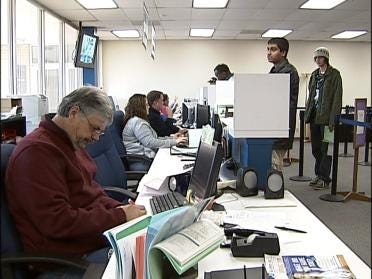College Students Enroll For TCC's Spring Classes