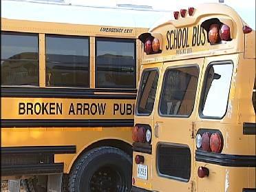 Broken Arrow School District Discusses Snow Days