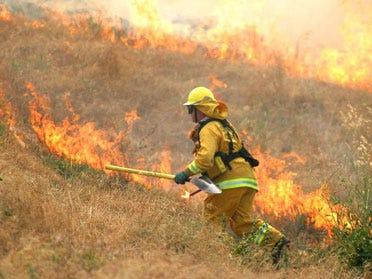 Train Sparks Oklahoma City Grass Fire