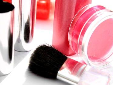 Free Cosmetics Giveaway