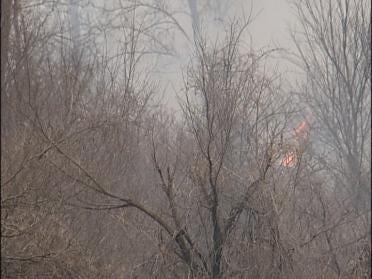 Crews Fight Grass Fire Near Tulsa Airport