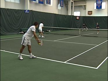 TU Men's Tennis Edges Notre Dame, 4-2