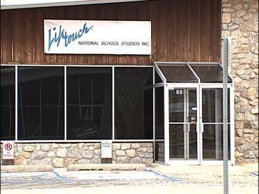 Minnesota Firm To Close Tulsa Plant