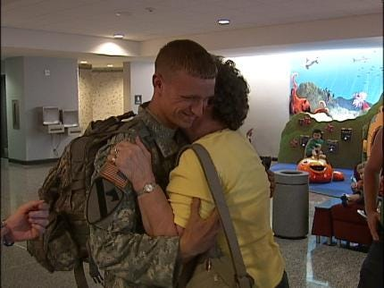 Happy Homecoming In Tulsa For US Army Specialist