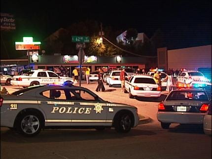 Two Arrested Following Tulsa Bar Fight