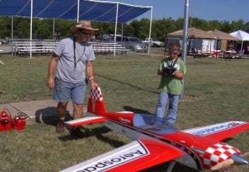 Giant-Scale Remote Controlled Planes Land In Tulsa