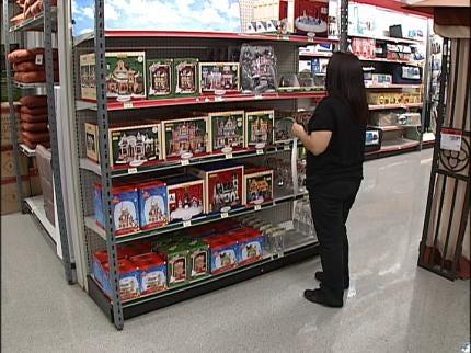 Oklahoma Stores Already Preparing For Christmas