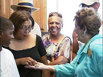 Tulsa Woman Gets Habitat For Humanity Home
