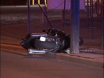 Tulsa Crash Kills Motorcyclist