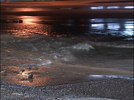 Tulsa Crews Deal With Water Main Breaks