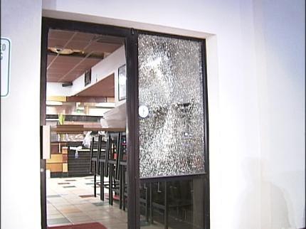 Tulsa Police: Burglary Suspects Target Big Screen TV's