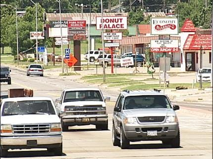 Muskogee Residents Support Local Economy