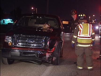 Overnight Tulsa Traffic Crash Injures One