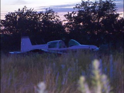 Plane Makes Emergency Landing In Glenpool Field