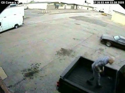 Tulsa Auto Theft Suspects Sought