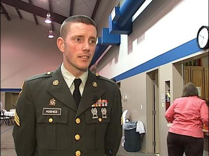 Tulsa Man Says Goodbye To Family, Leaves For Iraq