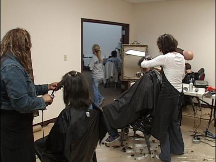 Church Arranges Free Hair Cuts For Tulsa Kids