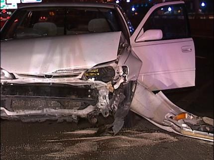Tulsa Police Search For Traffic Accident Victim