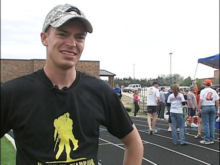 West Point Cadet Runs For Wounded Vets