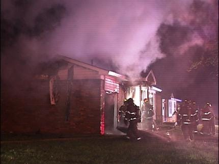 Tulsa Firefighters Respond To Vacant House Fire