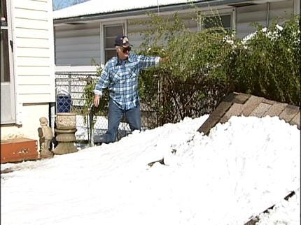 Tulsans Recovering From Snow Storm
