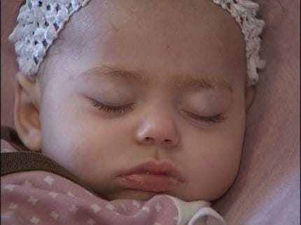Web Site Helps Family Cope With Girl's Disease