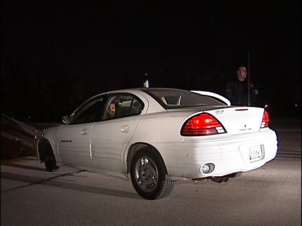 Sand Springs Suspect Escapes Arrest