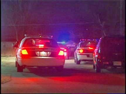 TPD Officer Shoots At Robbery Suspect