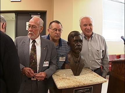 AA Honors Long-Serving Tulsa Mechanics