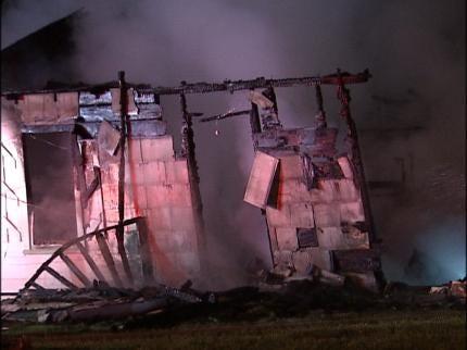 Crews Respond To Sand Springs House Fire