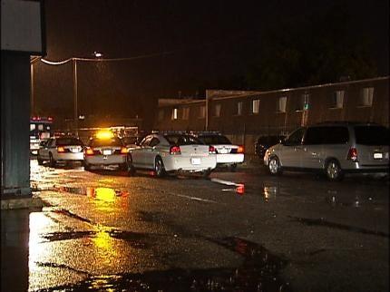 Detectives Investigate Tulsa Homicide