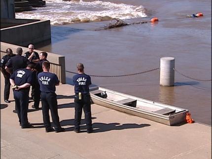 Empty Boat Found In Arkansas River