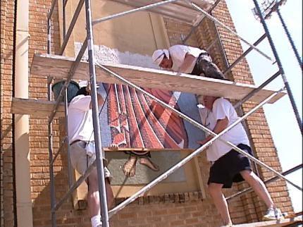 Tulsa Church Adds Mosaics