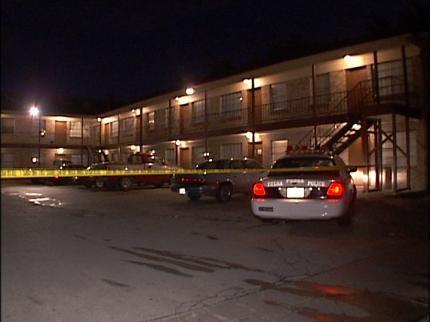 Police Arrest Women In Fatal Tulsa Stabbing