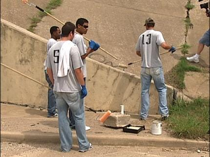 Tulsa Drillers Pitching In To Cleanup Downtown