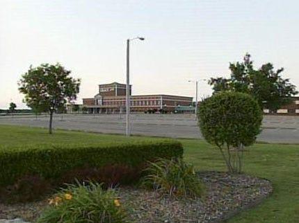 Private Broken Arrow High School Closing