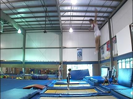 Olympic Trampolinist Visits Broken Arrow Gym
