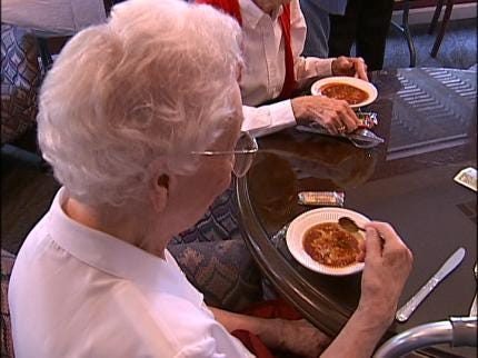 Broadmoor Resident Cooks Chili To Perfection