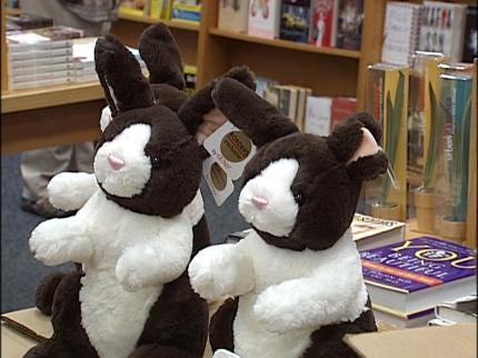 TPD Receives Stuffed Animals For Crime Scene Children