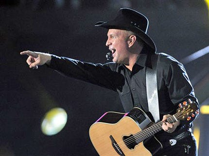 Garth Brooks Comes Out Of Retirement To Sing In Las Vegas