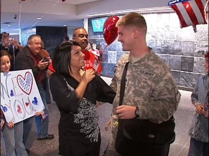 Green Country Soldier Comes Home