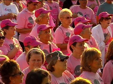 Thousands Attend Susan G. Komen Race For The Cure