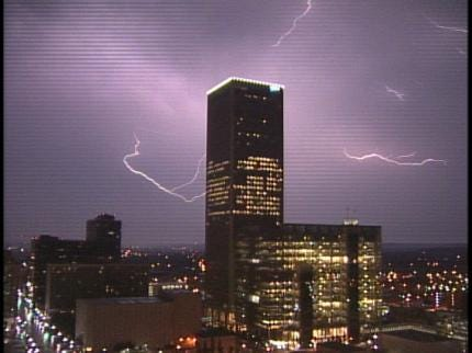 Tulsa Area Gets Early Morning Lightning Show