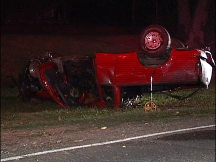 Driver Dies In Overnight Okmulgee Co. Accident