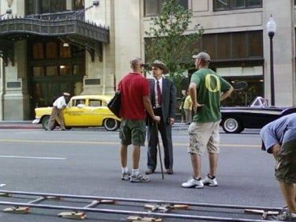 Bass Pro Workers In Broken Arrow Spot Celebrities Ben Affleck And Jennifer Garner