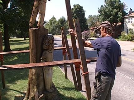 Chainsaw Art Sculpture At Tulsa Shopping Center Vandalized