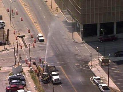 Crew Repairs Water Line Break In Downtown Tulsa