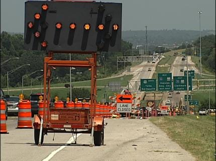 Construction Work To Close Part Of Highway 75 In Tulsa This Weekend